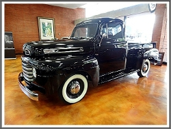 Ford - 1949 F1 Pickup Truck