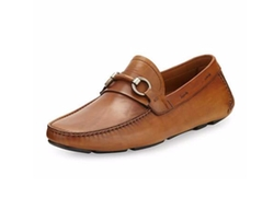 Magnanni for Neiman Marcus -  Vekio Leather Slip-On Loafers