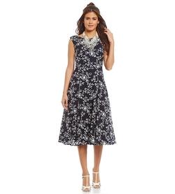 Betsey Johnson  - Floral Print Midi Dress