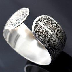 BAQI - Carved Tibetan Silver Cuff Bracelet