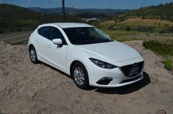 Mazda - 2014 Mazda I Touring Hatchback Car