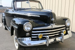 Ford - 1947 Super Deluxe Convertible Car