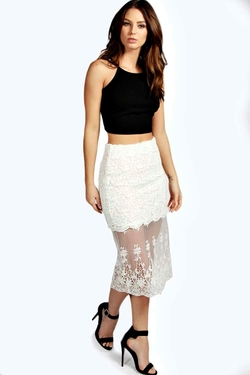 Boohoo - Embroidered Mesh Midi Skirt