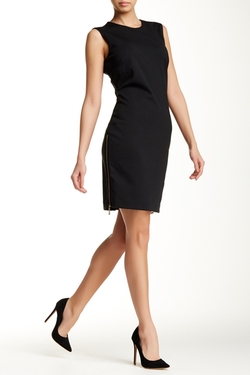 Sharagano - Sleeveless Zip Sheath Dress