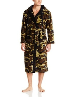 Vintage by Majestic International - Camo Plush Fleece Hooded Robe