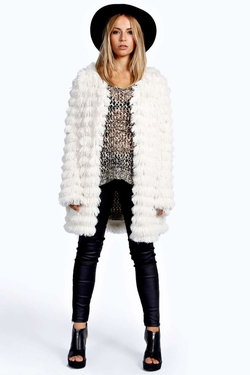 Boohoo - Sheila Shaggy Layered Faux Fur Coat