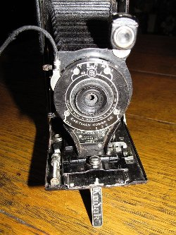 Eastman Kodak Company - Pocket Folding Camera