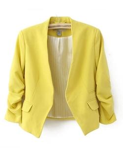 Chicnova - Cropped Pastel Tailored Blazer