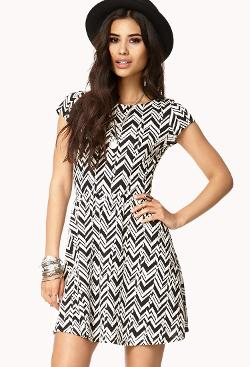 FOREVER 21 - Chevron Fit & Flare Dress