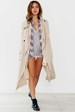 Urban Outfitters - Silence + Noise Drapey Trench Coat