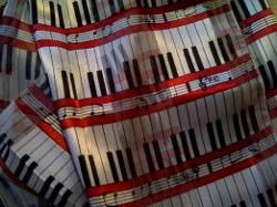 BAO - Piano Keyboard Scarf
