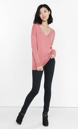 Express - V-Neck Wedge Tunic Sweater