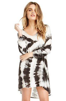 June & Hudson  - Tie-dye V-neck Tunic Dress