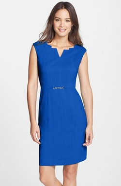 Ellen Tracy - Angular Neckline Sheath Dress