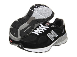 New Balance - W990v3 Sneakers