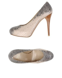 Stuart Weitzman - Two-Tone Pattern Pumps