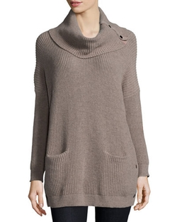 Neiman Marcus  - Long-Sleeve Cowl-Neck Chunky Pullover