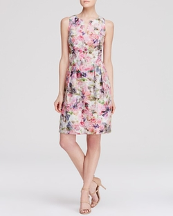 Kay Unger  - Sleeveless Floral Jacquard Dress