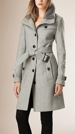 Burberry - Wool Blend Trench Coat With Shearling Collar