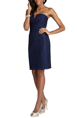 Donna Morgan - Quinn Strapless Notch Neck Lace Dress