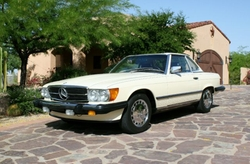 Mercedes-Benz - 560SL  Coupe