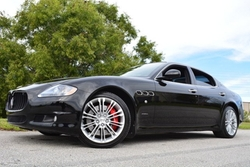 Maserati - 2011 Quattroporte Sedan Car