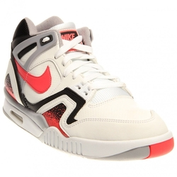 Nike  - Air Tech Challenge II Sneaker