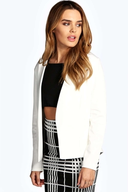Boohoo - Collarless Pocket Blazer