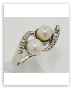 Estate Jewelry - Pearl and Diamond Swirl Ring