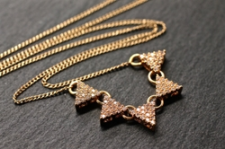 Amyfinedesign - Triangle Necklace