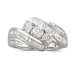Love Lives Forever - 3-Stone Diamond Ring