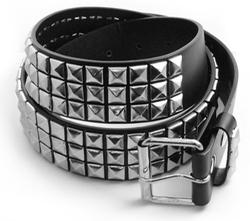 Bewild - Classic Pyramid Studded Leather Belt