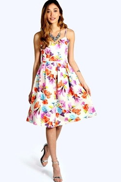 Boohoo - Betty Strappy Floral Scuba Dress
