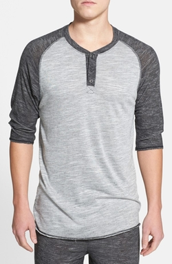 UNCL  - Three Quarter Raglan Henley