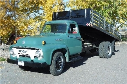 Ford - 1954 F600 Truck