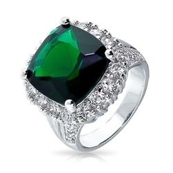 Bling Jewelry - Vintage Style Simulated Emerald Cocktail Ring