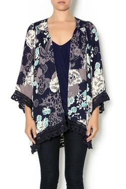 Jodifl - Dark Floral Kimono