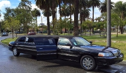 Lincoln  - 2003 Towncar Limousine