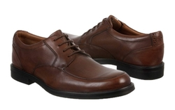 Clarks - Gabson Apron Toe Oxford Shoes