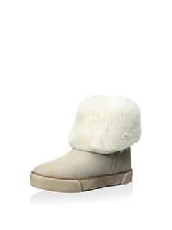 Pegia - Slanted Boots