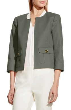 Vince Camuto  - Kiss Front Crop Jacket