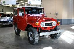 Toyota  - 1977 FJ40
