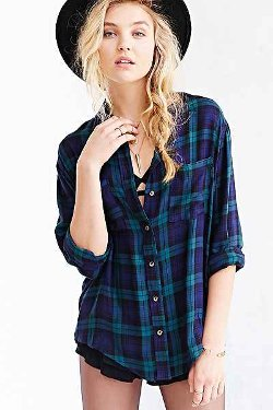 BDG  - Tartan Plaid Button-Down Shirt