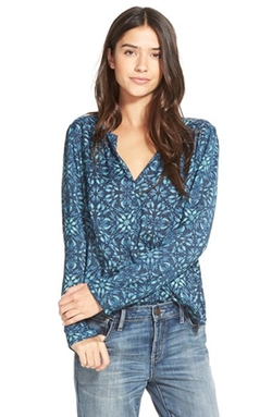 Hinge  - Split Neck Blouse