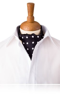 Dobell - Silk Daywear Cravat with Large White Polka Dots