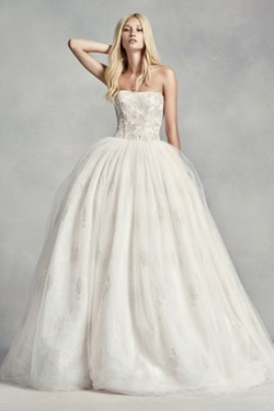 White by Vera Wang  - Tulle Beaded Lace Wedding Dress