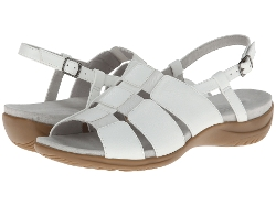 Easy Street  - Peep Toe Vacation Sandals