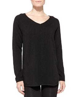 Neiman Marcus  - Cashmere V-Neck Pullover Sweater