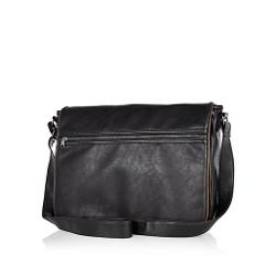 River Island - Black Zip Pocket Messenger Bag
