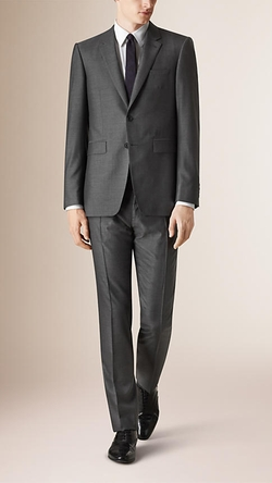 Burberry - Modern Fit Wool Silk Suit